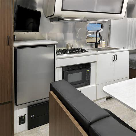 caravel fb floor plan travel trailers airstream