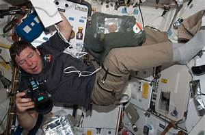 A glimpse of an astronaut's life in space | The Columbian