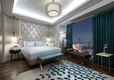 Hilton opens their first hotel on the Asian side of ...