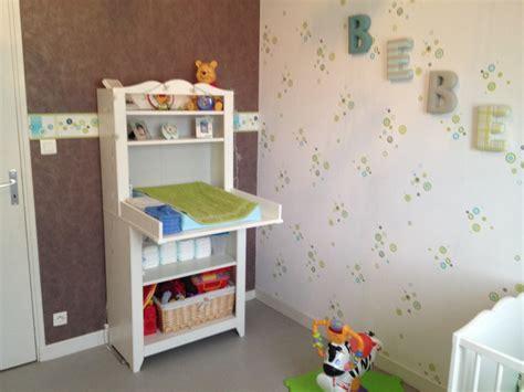 ikea chambre bébé deco mural chambre bebe bleu canard mur ornemente chambre
