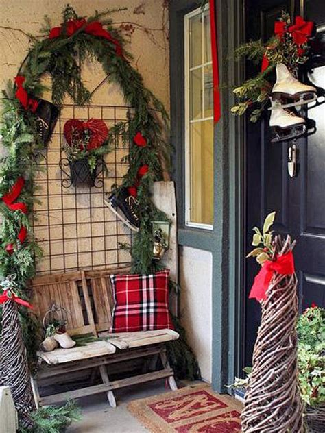 10 christmas door decorations diy