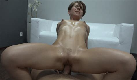 09 In Gallery Casting Short Haired Milf Ala Picture