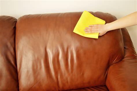 nettoyer canapé cuir blanc un truc de grand mère pour nettoyer canapé en cuir