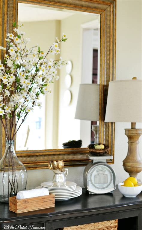Decorating Ideas by Easy Budget Friendly Decorating At The Picket Fence