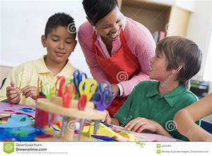 Elementary School Art Lesson Stock Photo - Image: 5000380