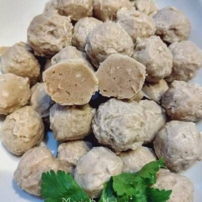 Resep cakwe membutuhkan bubuk amoniak khusus kue agar cakwe bisa mengembang sempurna. Bakso Sapi...kenyal enak tanpa baking powder 😍👍 | Resep masakan indonesia, Resep, Makanan
