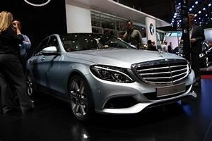 Nouvelle Mercedes Classe C : salon de gen ve 2014 la nouvelle mercedes classe c en ~ Melissatoandfro.com Idées de Décoration