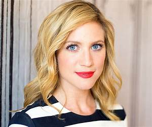 Brittany Anne Snow Bio Facts Family Life Of Actress