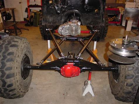 Rear Triangulated 4-link Suspension
