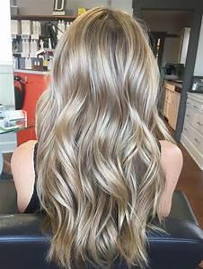 Meches Blondes Sur Chatain : best 25 balayage blond sur chatain ideas on pinterest balayage sur cheveux chatain couleurs ~ Melissatoandfro.com Idées de Décoration