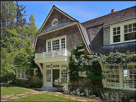 shingle style home ideas photo gallery shingle style gambrel roof balcony corbels design
