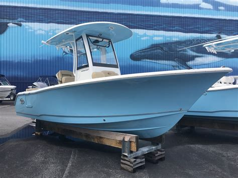 Sea Hunt Boats Ultra 235 by Sea Hunt Ultra 235 Se Center Console Boats For Sale