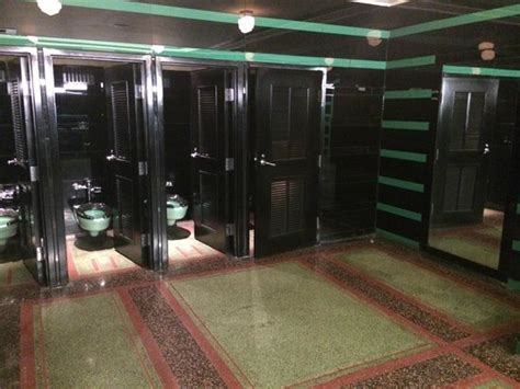 Hermitage Hotel Nashville Mens Bathroom by The S Restroom Featured In Picture Of