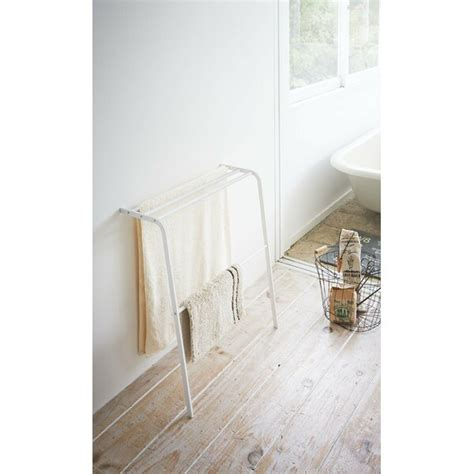yamazaki usa plate leaning bath  standing towel rack reviews wayfair
