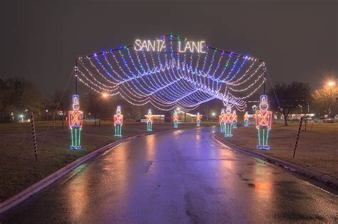 photo 818 13 light tunnel decoration quot santa s