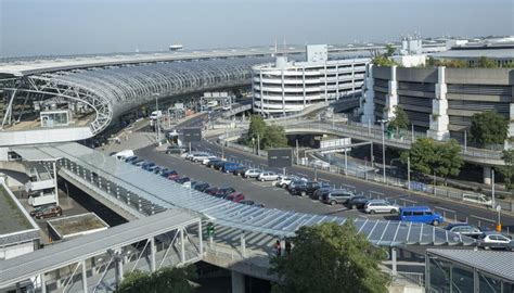 parkplatz düsseldorf airport parkplatz p11 kurzzeitparken am flughafen d 252 sseldorf