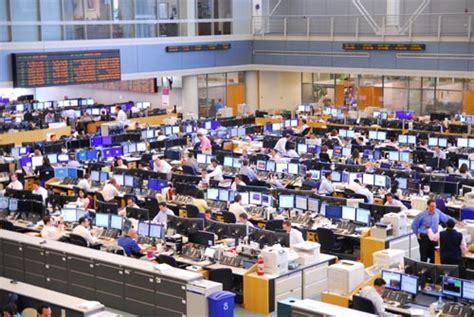 Ubs Trading Floor New York by Trading Floor Trading Floors History