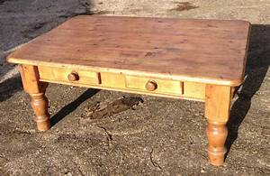 Antique pine coffee table coffee table design ideas for Round pine coffee table