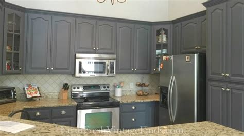 painting kitchen cabinets with general finishes milk paint 601 IMG 7746 1024x573
