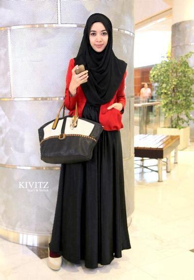 inspirasi gaya baju kerja muslimah syari  cantik