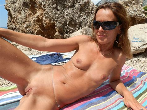 Teasing Naked On The Beach November Voyeur Web Hall Of Fame