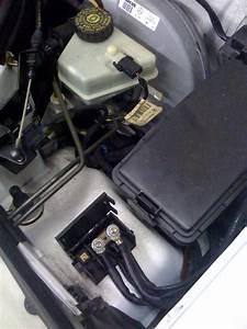 1998 Mercedes Benz C230 Needs Jump Start Battery In Trunk