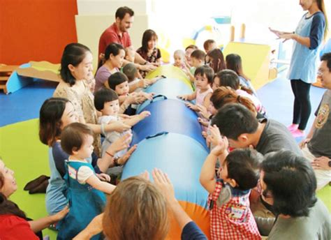 Level 1 classes offer young toddlers a stimulating environment to explore their new movement and language skills with a sense of security, comfort, and confidence. Gymboree Play & Music Myanmar | The Myanmar Times