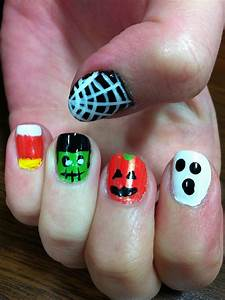 Cute and easy Halloween nails :) | Holidays | Pinterest