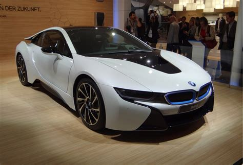 2015 Bmw I8 Picturesphotos Gallery  The Car Connection