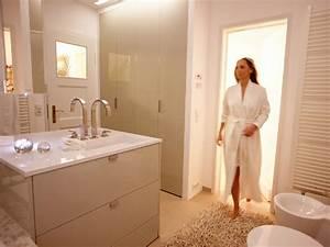 Badezimmer Kosten Kalkulieren : kosten f r die badsanierung richtig kalkulieren energie fachberater ~ Indierocktalk.com Haus und Dekorationen