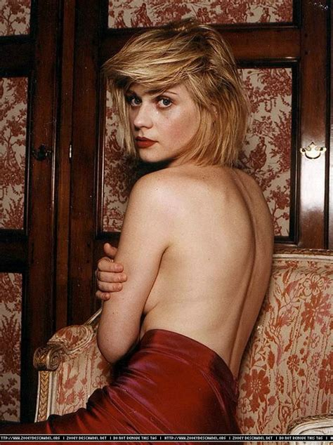 deschanel zooey topless blonde tv rate bones die reddit pixie manic zazzybabes let advertisements tits dream harlem beauty 1708 1280
