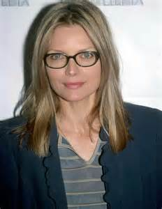 eyeglass frames  women   cinemas