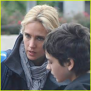 jennifer connelly blonde hair kai dugan photos news and videos just jared page 3