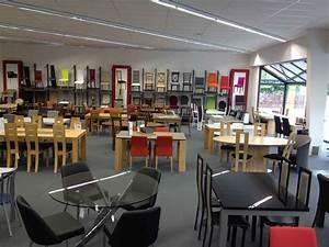 Magasin De Chaises : relooking du magasin de viry chatillon 4 pieds tables chaises et tabourets ~ Teatrodelosmanantiales.com Idées de Décoration