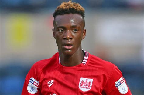 chelsea transfer news tammy abraham lifts lid  stamford