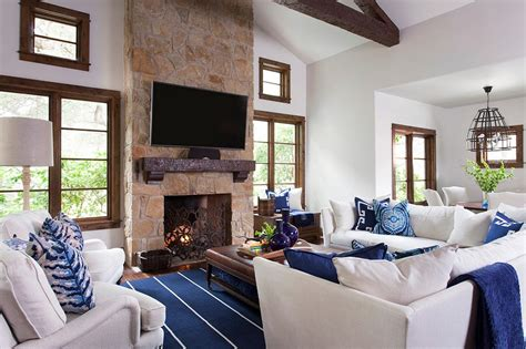 Living Room Feature Window by White Great Room Features Wood Trim Stylish Blue