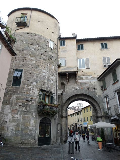 Porta dei Borghi - Wikitinera.it