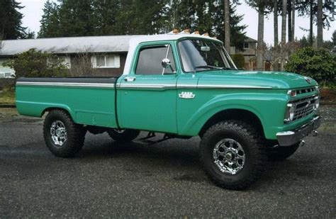 1965 Ford F-250 4x4.
