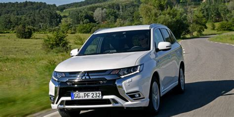 2019 Mitsubishi Outlander Phev Electric And More North
