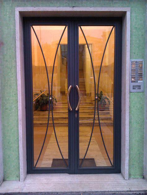 portoni ingresso condominio portoni condominiali gruppo orvi serramenti