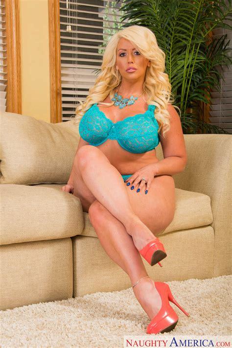 Alura Jenson - My Friend's Hot Mom 62857
