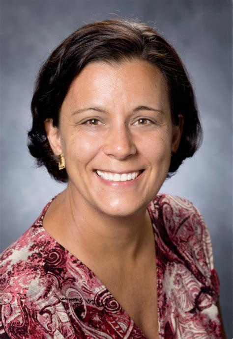 maria navarro accepted   teacher award   usda