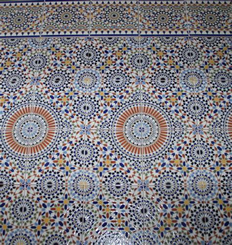 Badezimmer Fliesen Bunt by Marokkanische Keramik Mosaik Wandfliesen Fliesen Bunte
