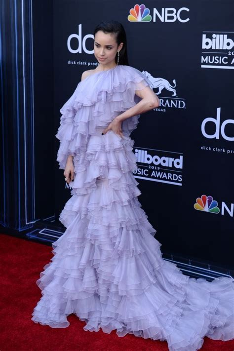 Billboard Music Awards 2019: The hottest looks on the red ...