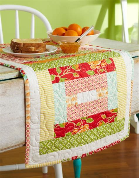 bright table l strippy and bright table runner allpeoplequilt
