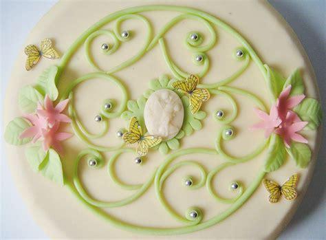 gateau anniversaire deco en pate d amande les recettes populaires blogue le des g 226 teaux