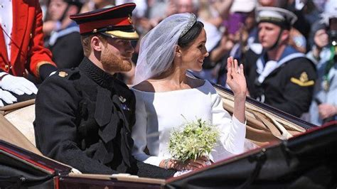 Royal Wedding 2018 Hier zijn alle BINNEN Foto 's en Video
