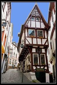 Schmalste Haus Deutschlands : das schmalste haus in bernkastel kues auch spitzenh uschen genannt foto bild deutschland ~ Orissabook.com Haus und Dekorationen