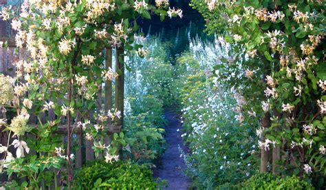 Le Jardin Plume Printemps  Spring  Le Jardin Plume
