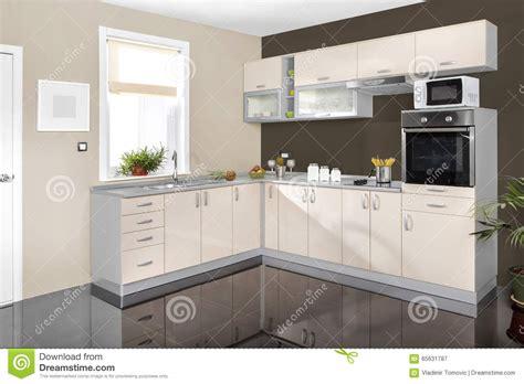 id cuisine simple intérieur d 39 une cuisine moderne meubles en bois simple
